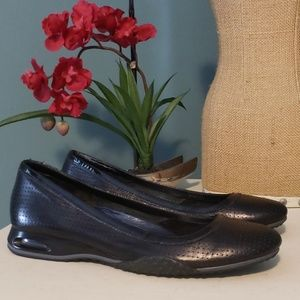 COLE HAAN Nike Air Leather Flats